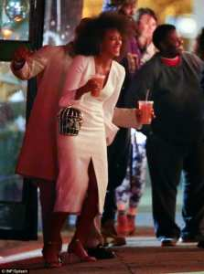 1416102236118_Image_galleryImage_Solange_Knowles_and_fianc