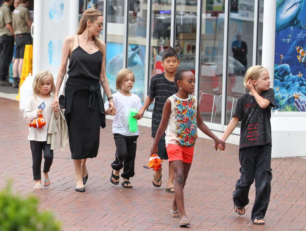 Angelina-Jolie-Kids