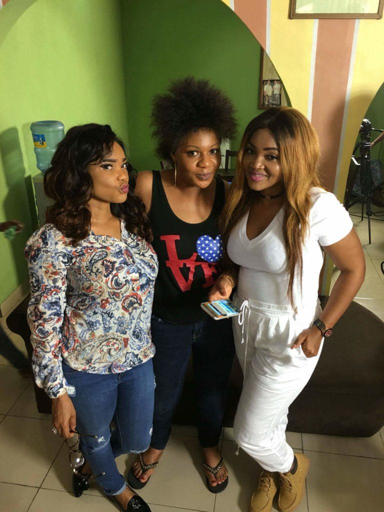 Nollywood Actress Lola Faduri on set of IfeOdale with  Iyabo Ojo and Mercy Aigbe (3)