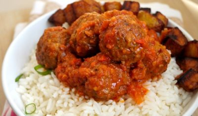 Rice and stew/sauce
