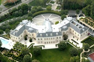 David and Victoria Beckham 'Eyeing Up New $200 Million Property in Los Angeles'