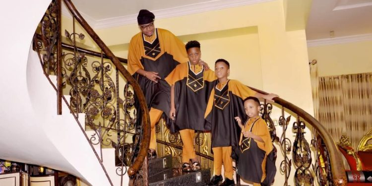 E-Money and his kids - OLORISUPERGAL