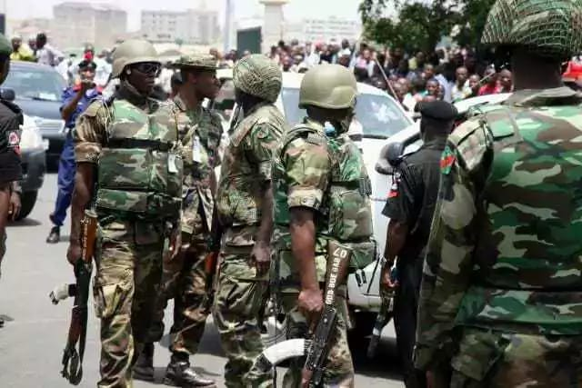 Soldiers of the Nigerian Army
